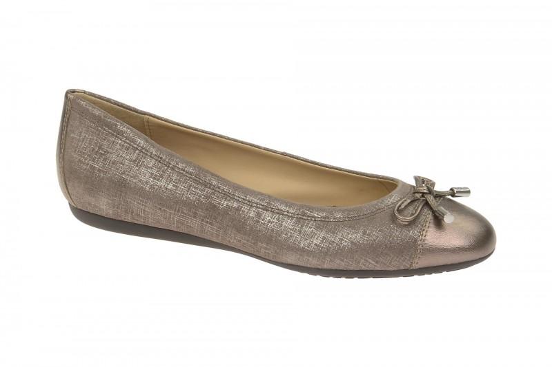 Geox Respira Lola A Slipper in grau metallic Ballerinas
