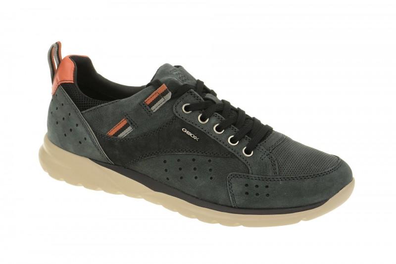 Geox Respira Damian Sneakers in schwarz Herrenschuhe